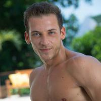 Les Anges 7 : Micha candidat ? Il confirme (presque) aux Lauriers TV Awards 2015