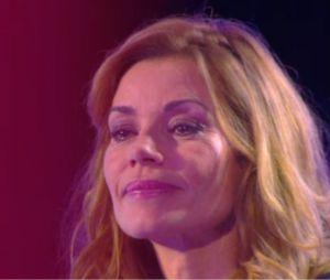 Ingrid Chauvin émue aux larmes par un message d'Hapsatou Sy dans Le Grand 8 sur D8 le 15 janvier 2015