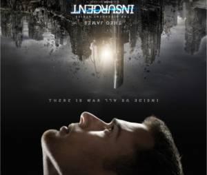 Divergente 2 : Theo James (Quatre) sur une affiche du film
