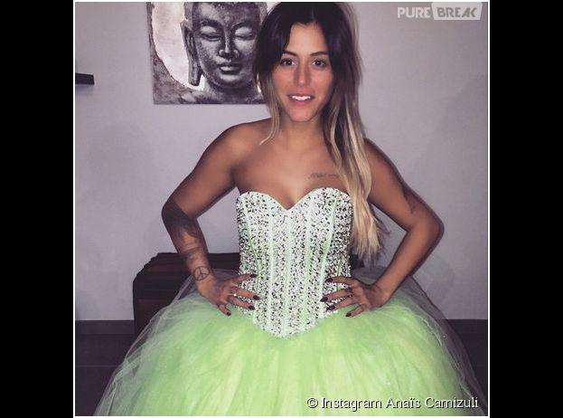 Anaïs Camizuli en robe de mariée verte, le 26 janvier 2015 sur Instagram