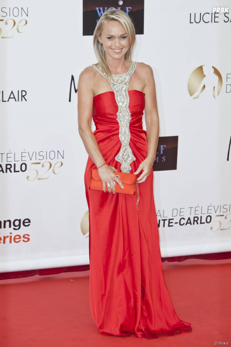 Cécile de Ménibus glamour au Festival de télévision de Monte Carlo en 2012