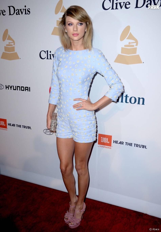 Taylor Swift présente à une soirée avant les Grammy Awards à Los Angeles le 7 février 2015