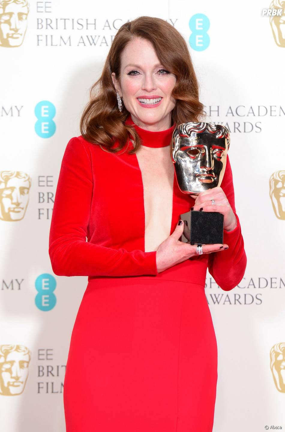 Julianne Moore gagnante aux BAFTA 2015