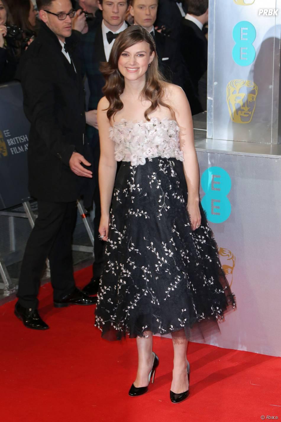 Keira Knightley sur le tapis-rouge des BAFTA le 8 février 2015 à Londres
