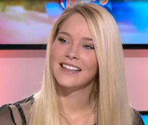 Louise Buffet (Hollywood Girls 4) sur le plateau du Mag de NRJ 12