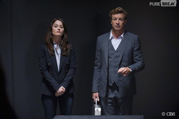 Mentalist saison 7 : Simon Baker et Robin Tunney sur une photo de l'épisode 5