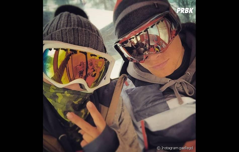 Gaëlle Garcia Diaz (Hollywood Girls 4) et son petit-ami (?) en vacances au ski