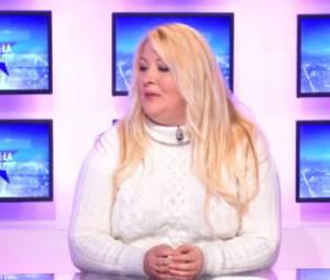 Loana donne de ses nouvelles sur le plateau de Non Stop People
