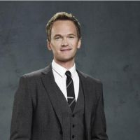 How I Met Your Mother : le salaire de Barney Stinson trouvé... grâce à ses costumes !
