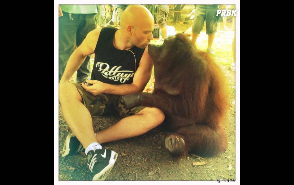 """Franck Gastambide en """"couple"""" sur le tournage de Pattaya"""