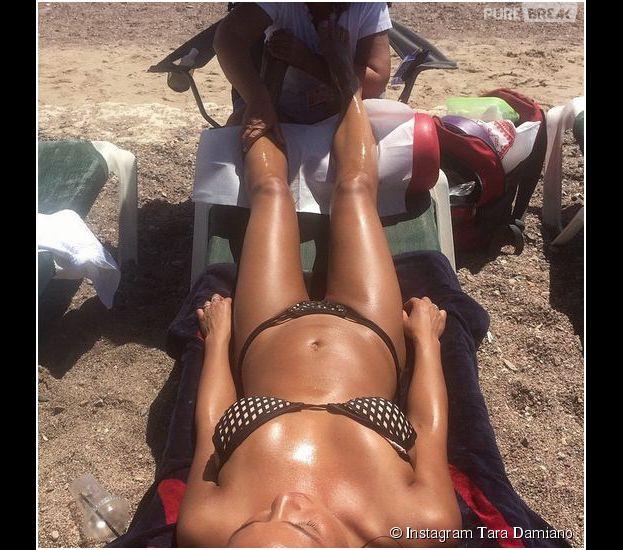 Tara Damiano sexy en bikini à Eilat en avril 2015