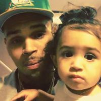 Chris Brown papa craquant : 1er tapis rouge avec sa fille Royalty aux Billboard Music Awards 2015