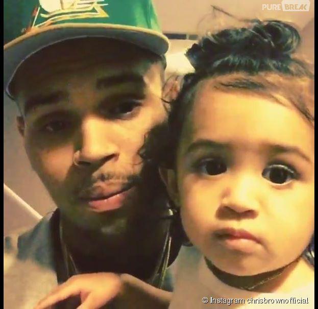 Chris Brown gaga de sa fille Royalty