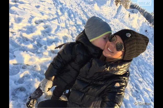 Amélie Neten prend à parti un internaute sur Twitter après une mauvaise blague impliquant son fils Hugo