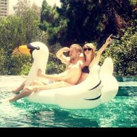Taylor Swift et Calvin Harris : première photo de couple sexy et délirante sur Instagram