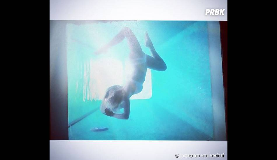 Emilie Nef Naf : exhib' en bikini sur Instagram