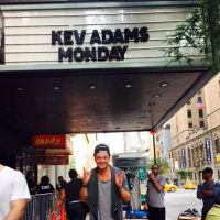 Kev Adams à New York : message touchant à ses fans sur Instagram