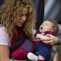 Shakira : une vidéo adorable pour fêter les 6 mois de son fils Sasha, déjà footeux comme papa