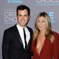 """Jennifer Aniston et Justin Theroux mariés : ils se sont (enfin) dit """"oui"""" !"""