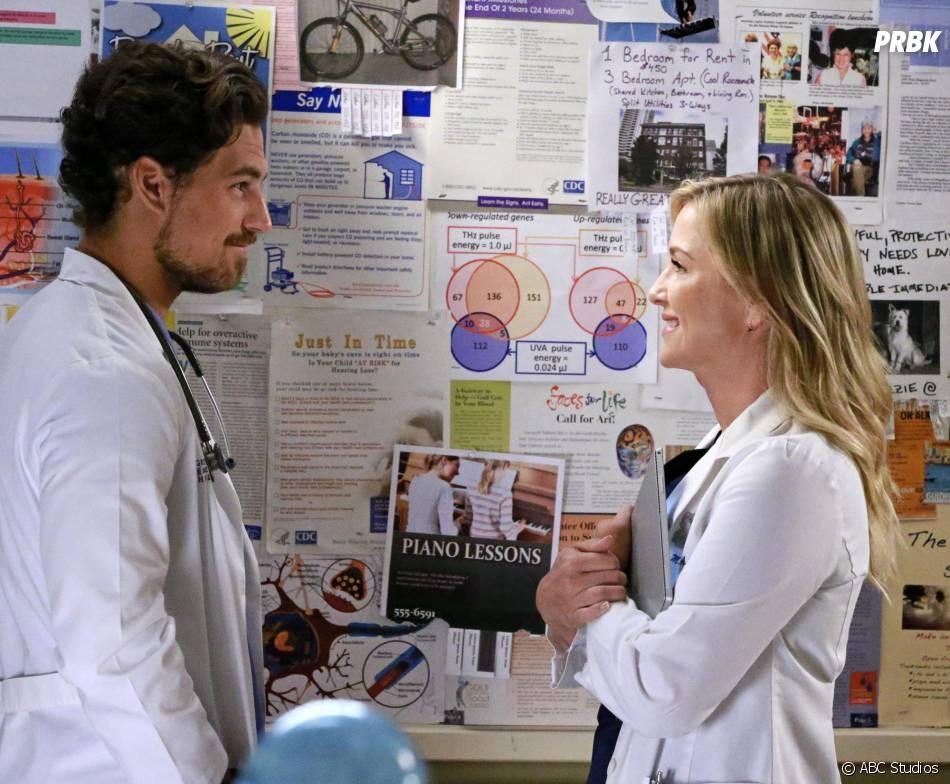 Grey's Anatomy saison 12, épisode 1 : Andrew DeLuca et Arizona sur une photo