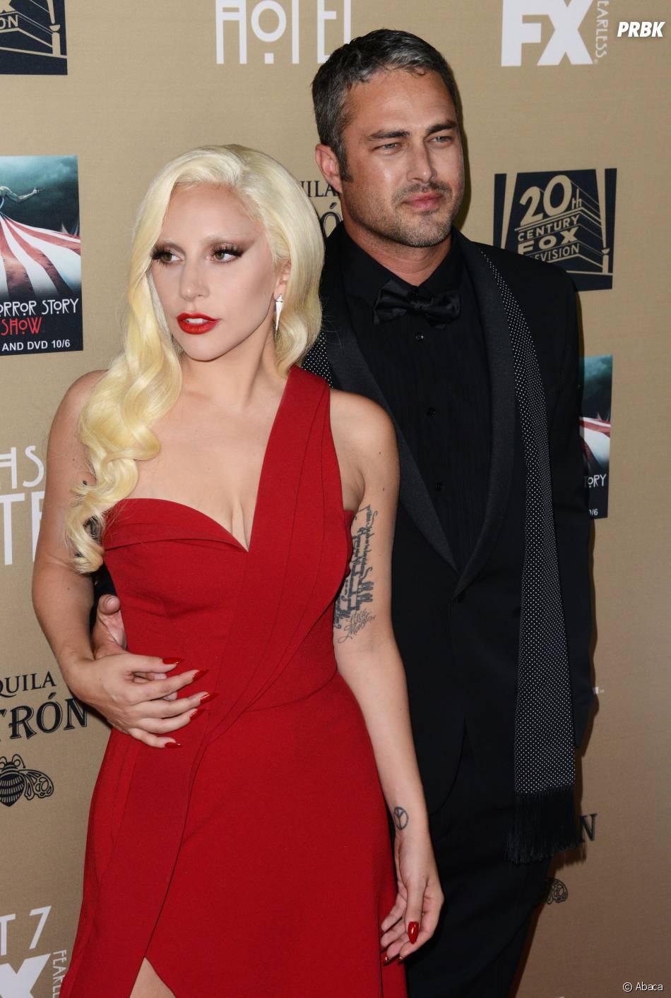 Lady Gaga et son fiancé Taylor Kinney à l'avant-première de American Horror Story : Hotel à Los Angeles le 3 octobre 2015