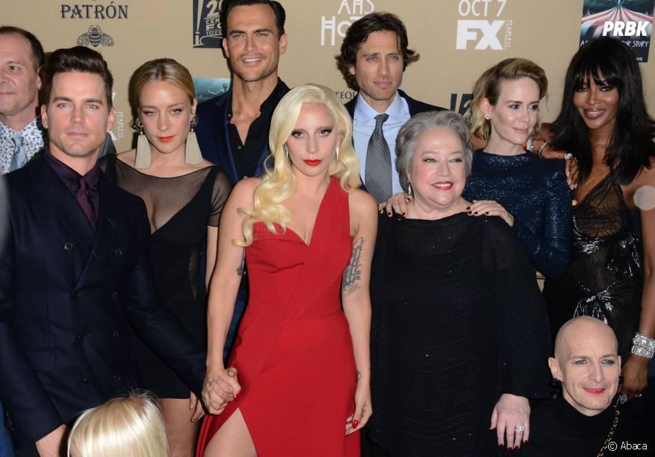 Le casting à l'avant-première de American Horror Story : Hotel à Los Angeles le 3 octobre 2015