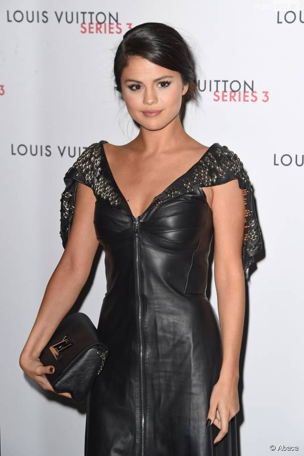 Selena Gomez : un fan lui a un jour offert... du PQ