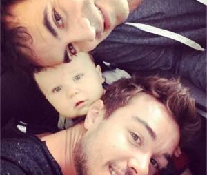 Alex Goude dévoile sa vie de rêve avec son mari Romain Taillandier et son fils Elliot sur Instagram