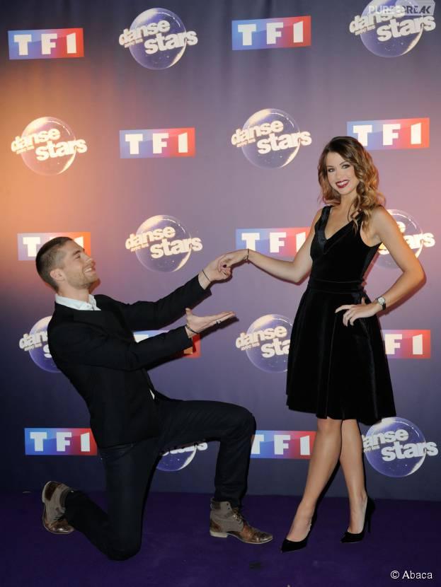 EnjoyPhoenix et son partenaire Yann-Alrick pendant la conférence de presse de Danse avec les Stars 6