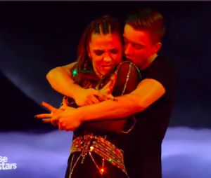 Loic Nottet et Denitsa Ikonomova impressionnants dans DALS 6, le 31 octobre 2015 sur TF1