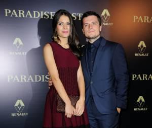 Josh Hutchson et Claudia Traisac sur le tapis rouge de Paradise Lost, le 21 octobre 2014 à Paris