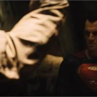 Batman v Superman : Bruce Wayne démasqué par un Clark Kent énervé dans un nouvel extrait