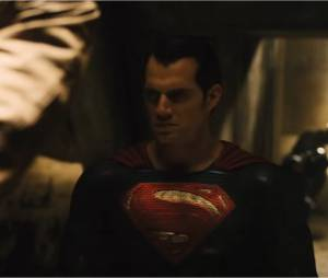 Batman V Superman : nouvelles images de l'affrontement entre Bruce Wayne et Clark Kent