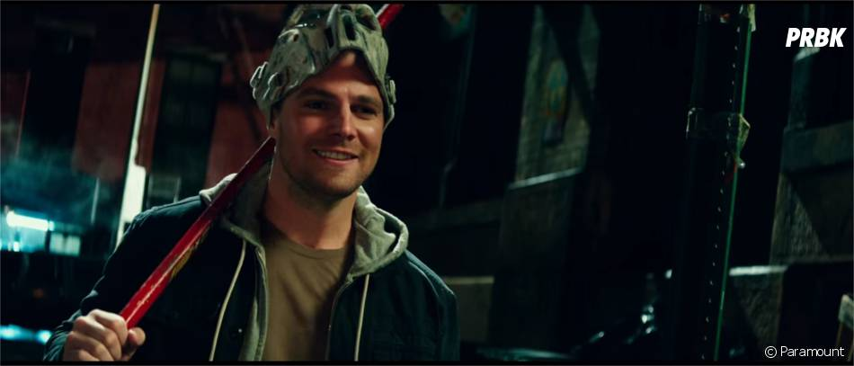 Ninja Turles 2 : Stephen Amell incarne Casey Jones
