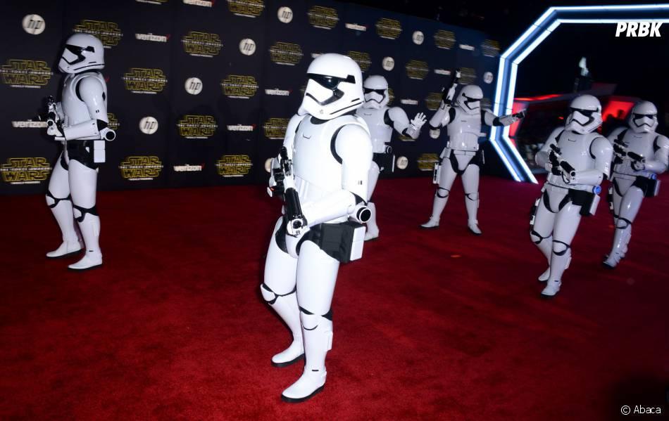 Stormtroopers à l'avant-première de Star Wars 7, le 14 décembre 2015 à Los Angeles