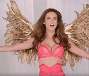 Victoria's Secret : quand les Anges chantent faux pour la vidéo de Noël 2015