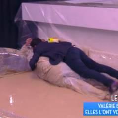 Valérie Bénaïm VS Estelle Denis : combat de boue acharné dans TPMP, Cyril Hanouna les rejoint