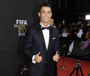 Cristiano Ronaldo lors de la cérémonie du Ballon d'or 2015 à Zurich, le 11 janvier 2016