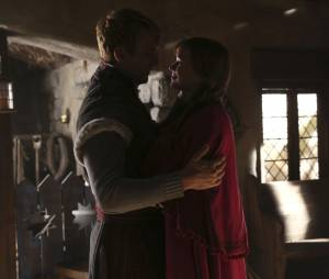 Once Upon a Time saison 4 : Scott Michael Foster et Elizabeth Lail