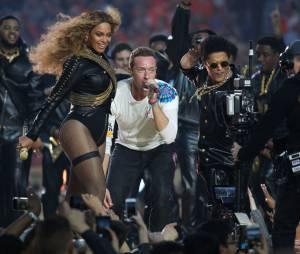 Beyoncé, Bruno Mars et Coldplay : la vidéo de leur show au Super Bowl 2016