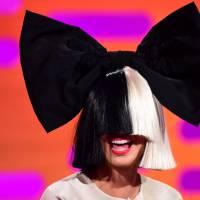 Sia : pourquoi cache-t-elle son visage ? La chanteuse s'explique