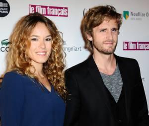 Elodie Fontan et Philippe Lacheau très proches