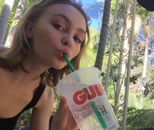 Lily Rose Depp : présente son nouveau copain à Paris