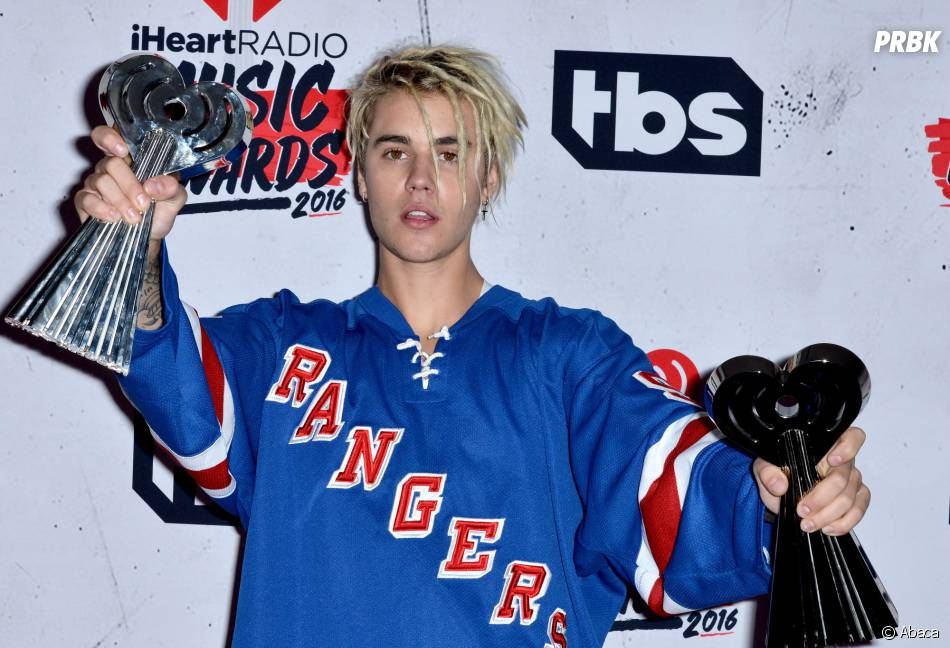 Justin Bieber gagnant aux iHeartRadio Music Awards 2016 le 3 avril à Los Angeles