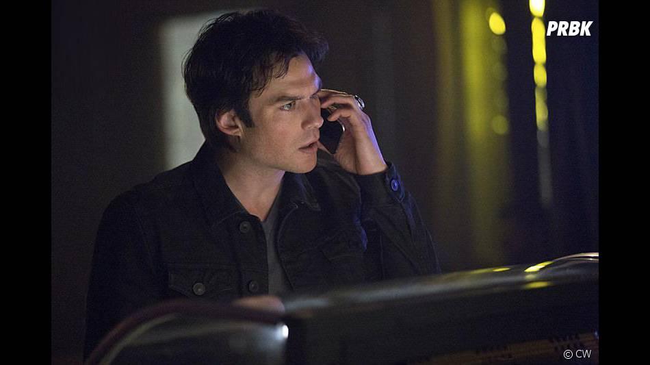 The Vampire Diaries saison 7, épisode 17 : Damon (Ian Somerhalder) sur une photo