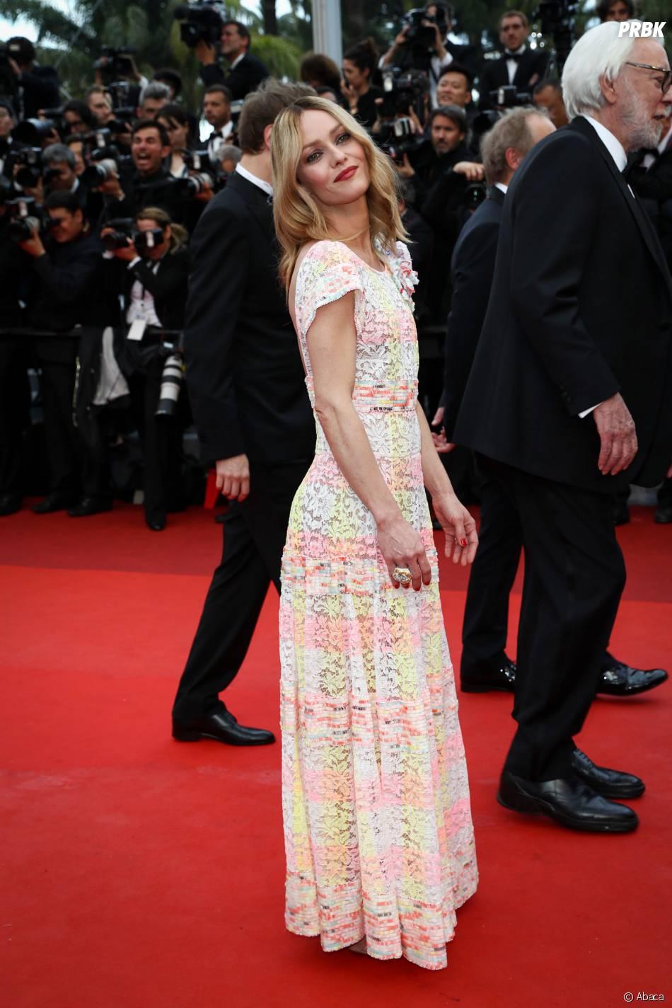 Vanessa Paradis sur le tapis rouge de la soirée d'ouverture du Festival de Cannes le 11 mai 2016