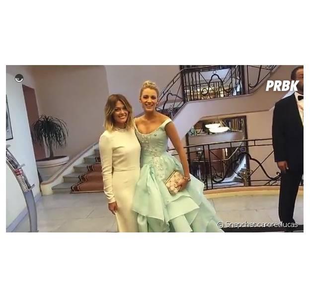 Caroline Receveur prend la pose avec Blake Lively au Festival de Cannes