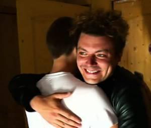 Kev Adams débarque chez un fan dans C'est pour nous, c'est cadeau sur D8 le 2 juin 2016