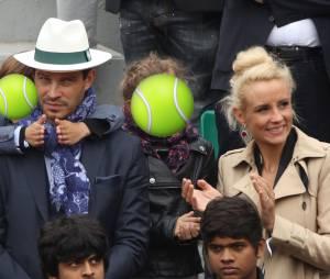 Elodie Gossuin, Bertrand Lacherie et leurs enfants à Roland Garros 2016 pour la finale dames le 4 juin 2016