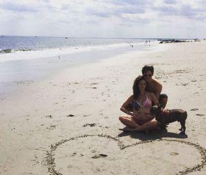 Kaya Scodelario et Benjamin Walker attendent leur premier enfant